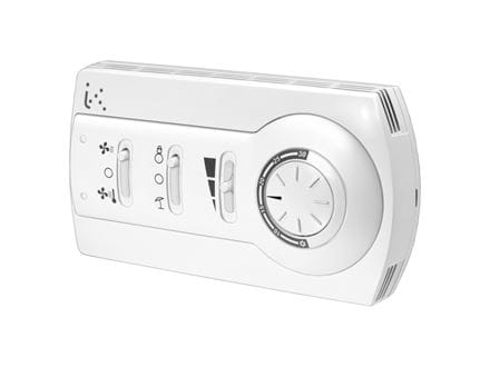 Room thermostats for 2 or 4 pipe system